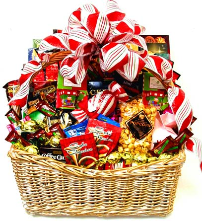 XGF119 ''Sweet Memories'' Christmas Basket in Oklahoma City OK, Array of Flowers & Gifts
