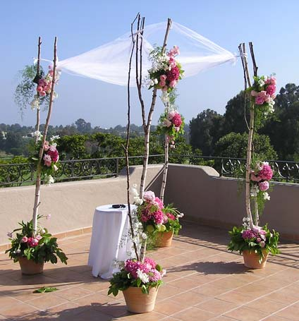 Ceremony Flowers in West Los Angeles CA, Westwood Flower Garden