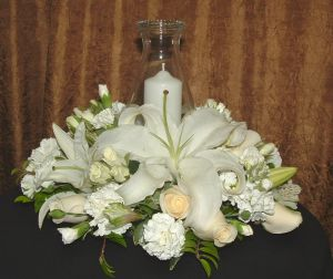 Pillar Candle Centerpiece in Salisbury MD, Kitty's Flowers