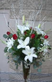 White Lilies and Roses in Tempe AZ, Bobbie's Flowers