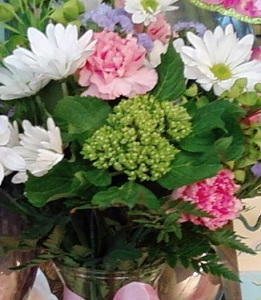 Designer's Choice Vase Arrangement in Burlington NJ, Stein Your Florist