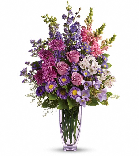 Steal The Show by Teleflora with Roses in Vermillion SD, Willson Florist