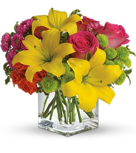 Teleflora's Sunsplash in Meriden CT, Rose Flowers & Gifts Inc.