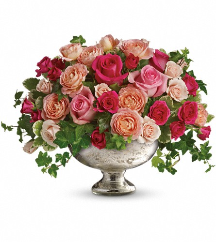 Queen's Court by Teleflora in Naples FL, Gene's 5th Ave Florist