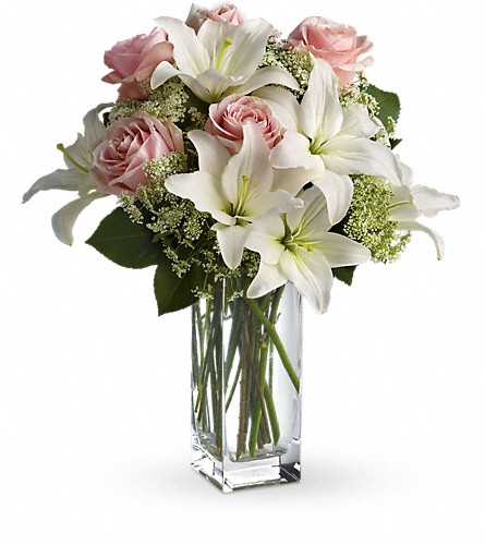 Teleflora's Heavenly and Harmony in Royersford PA, Three Peas In A Pod Florist