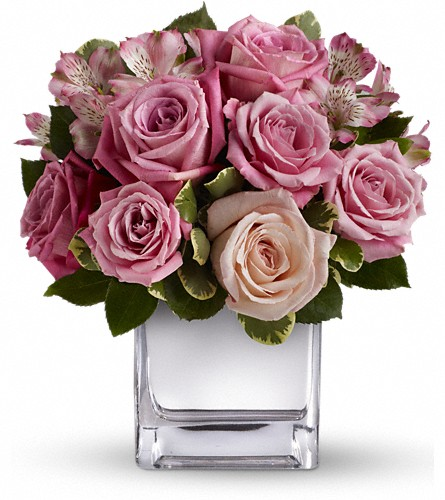 Teleflora's Rose Rendezvous Bouquet in Ellicott City MD, The Flower Basket, Ltd