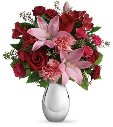 Teleflora's Moonlight Kiss Bouquet in Gillette WY, Gillette Floral & Gift Shop