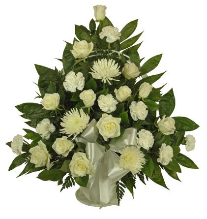 Simple Devotion Rose Carnation Basket In Denver Co Lehrer 39 S Flowers