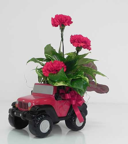 Rugged Jeep Planter in Indianapolis IN, Gillespie Florists