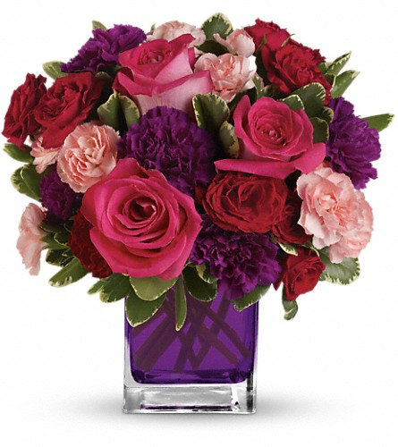 Bejeweled Beauty by Teleflora in Longview TX, Bella Fleur