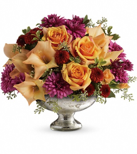 Teleflora's Elegant Traditions Centerpiece in Fairfax VA, Greensleeves Florist