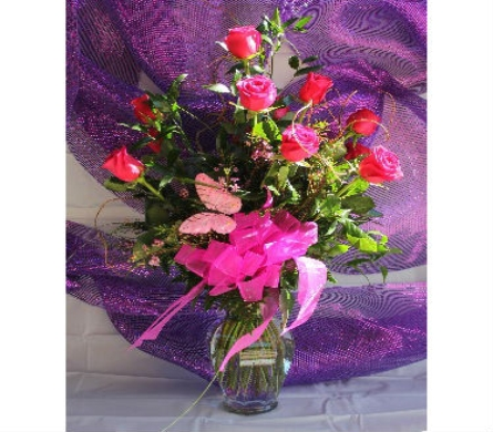 Dozen Long Stem Pink Roses in Bossier City LA, Lisa's Flowers & Gifts