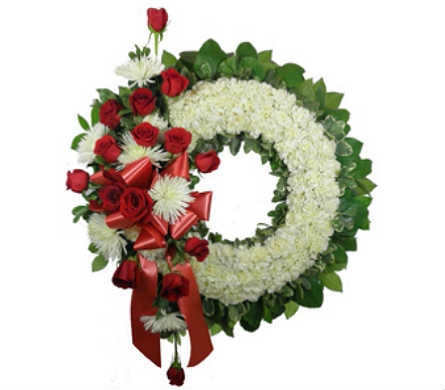 Signature Carnation and Rose Wreath in Indianapolis IN, Steve's Flowers & Gifts