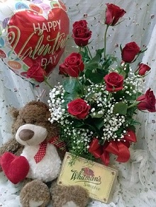ULTIMATE VALENTINE PACKAGE in Glendale AZ, Blooming Bouquets