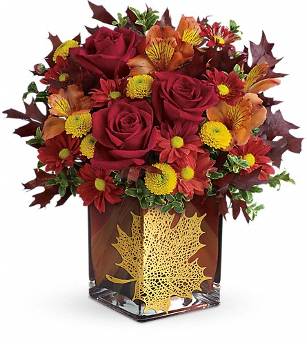 Teleflora's Maple Leaf Bouquet in Lethbridge AB, Flowers on 9th