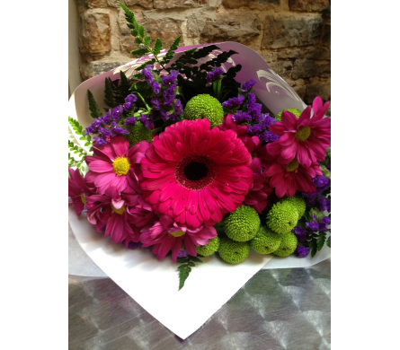 Seasonal Cut Bouquet in Perth ON, Kellys Flowers & Gift Boutique