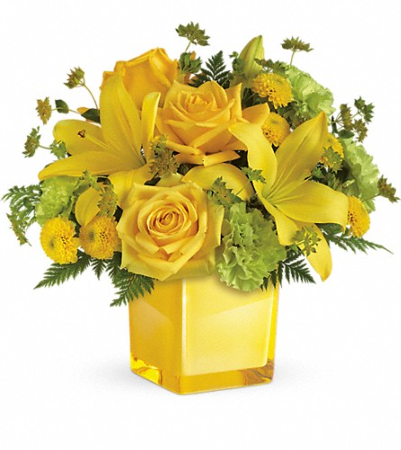 Teleflora's Sunny Mood Bouquet in Inverness FL, Flower Basket