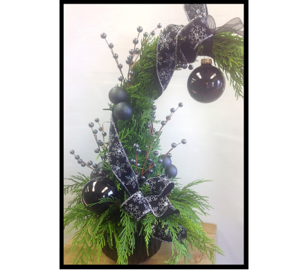 WHOVILLE TREE BLACK AND SILVER in Vermilion AB, Fantasy Flowers