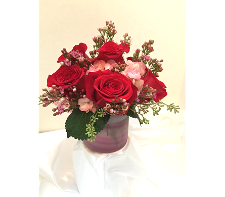 Swirls of Love in East Syracuse NY, Whistlestop Florist Inc