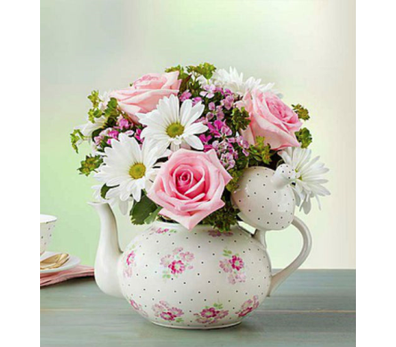 Mom�s Tea Party� in Lindenhurst NY, Evergreen Florist