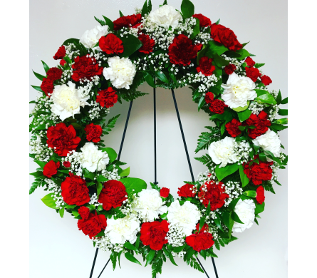 Red and White 18 inch Wreath in Wyoming MI, Wyoming Stuyvesant Floral