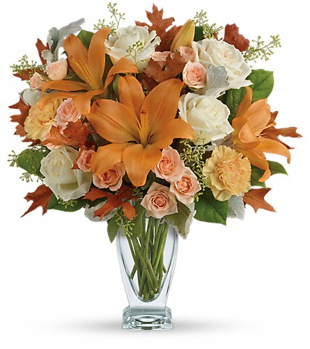 Teleflora's Seasonal Sophistication Bouquet in Mobile AL, Cleveland the Florist