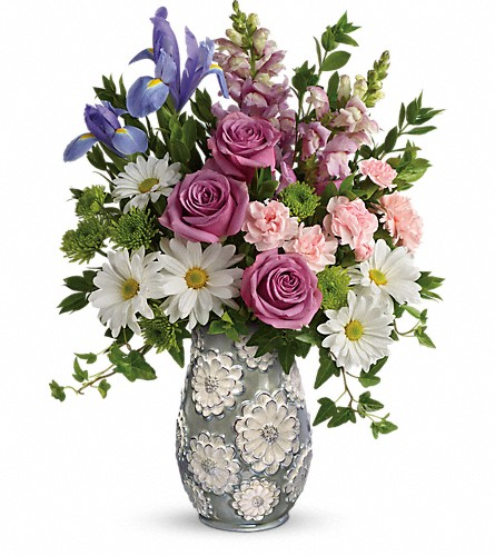 Teleflora's Spring Cheer Bouquet in White Stone VA, Country Cottage