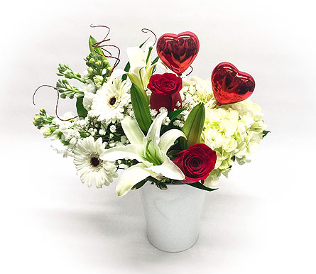 Two Hearts in Waltham MA, Waltham's Florist