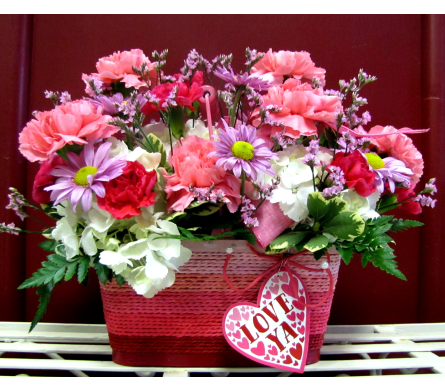 Love Ya Basket in Alamogordo NM, Alamogordo Flower Company