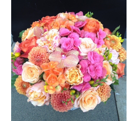Summer Burst in Bellevue WA, CITY FLOWERS, INC.