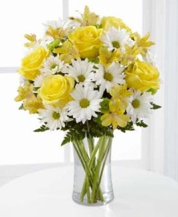 The Sunny Sentiments™ Bouquet  in Sapulpa OK, Neal & Jean's Flowers & Gifts, Inc.