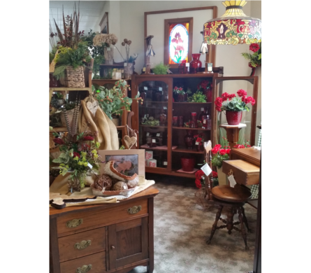Nice Beautiful Antique Furniture In Grand Rapids MN, Shaw Florists