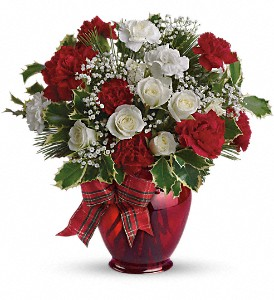 Holiday Splendor in Orwell OH, CinDee's Flowers and Gifts, LLC