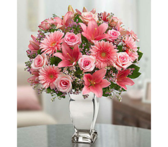 Dazzle Her Day� in Lindenhurst NY, Evergreen Florist