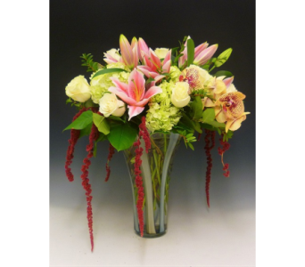 Mother's Love in Kirkland WA, Fena Flowers, Inc.