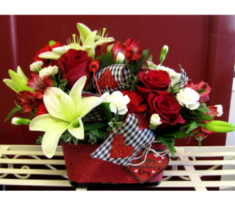 The Romantic Basket in Alamogordo NM, Alamogordo Flower Company