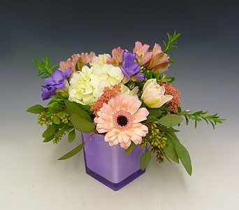 Motherly Love in Kirkland WA, Fena Flowers, Inc.