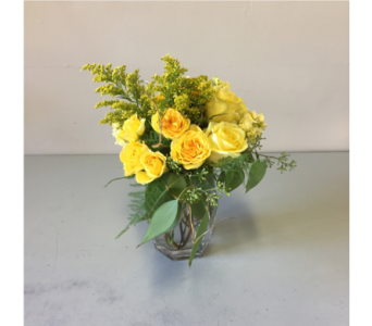 Greenwood Flower Arrangement in Walla Walla WA, Holly's Flower Boutique